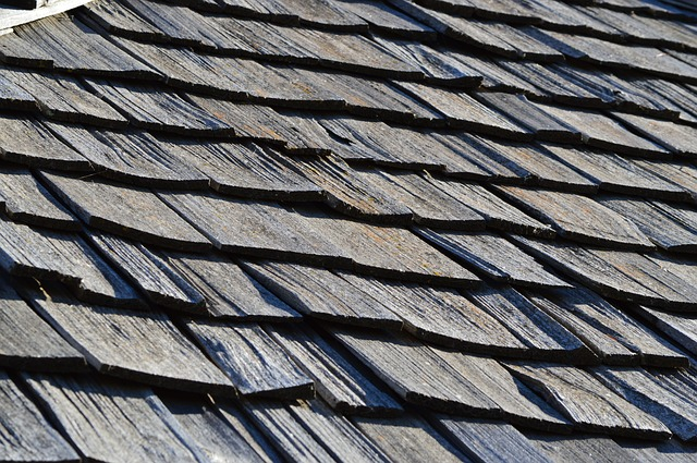 wood shake roof with old shingles